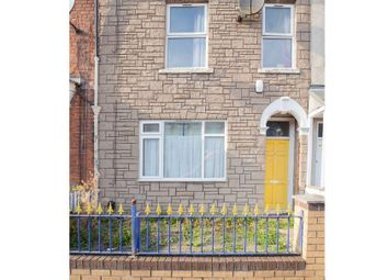 Thumbnail 5 bed terraced house for sale in May Terrace, May Street, Hull