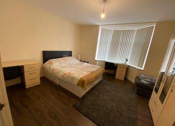 Thumbnail 1 bed flat to rent in Market Corner, Tachbrook Street, Leamington Spa