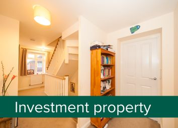 4 bed end terrace house for sale in Sargent Way, Horsham RH12