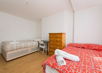 Thumbnail Room to rent in Bishops Way, Bethanl Green