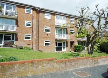 Thumbnail 2 bed property to rent in Cranmore Court, Avenue Road, St Albans