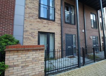 3 bed flat for sale in Maxwell Road, Romford RM7