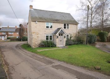 Thumbnail 3 bed cottage to rent in Station Road, Morcott, Rutland