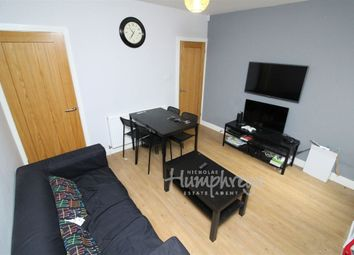 Thumbnail Room to rent in Briants Avenue, Caversham