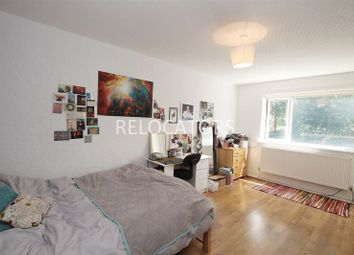 Thumbnail 3 bed flat to rent in Beaumont Square, Stepney