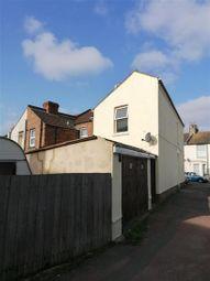 Walton Road, Folkestone, Kent CT19. 3 bed end terrace house