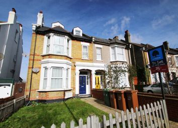 Thumbnail 1 bedroom flat to rent in Cedar Road, Sutton