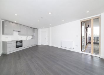 Thumbnail 2 bed flat for sale in Green Lane, London
