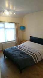 Thumbnail 2 bed flat to rent in Avenue Rd, Chadwell Heath