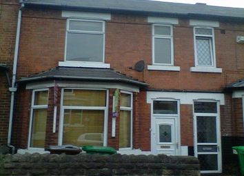 Thumbnail 4 bed terraced house to rent in Kimbolton Avenue, Nottingham