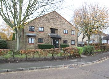 6 Chiltern View Road, Uxbridge, Middlesex UB8. 1 bed flat
