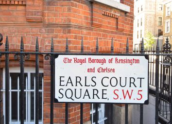 Thumbnail 5 bed flat to rent in Langham Mansions, Earls Court Square, London