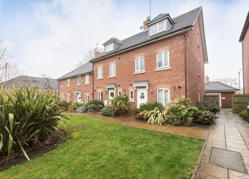 Thumbnail 4 bed town house to rent in Frogmore, St.Albans
