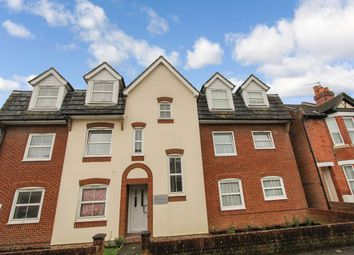 2 bed flat for sale in Charlton Road, Shirley, Southampton SO15