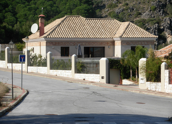 Thumbnail 3 bed villa for sale in Alhaurin De La Torre, Malaga, Andalusia, Spain