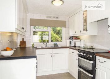 Thumbnail 1 bedroom mobile/park home for sale in Orchard Way, Orchards Residential Park, Slough
