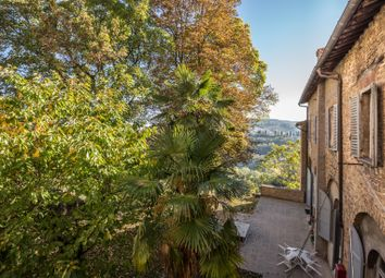 Thumbnail 2 bed town house for sale in Urbino, Urbino, Pesaro And Urbino, Marche, Italy