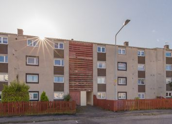 Thumbnail 3 bed flat to rent in Calder Crescent, Sighthill, Edinburgh