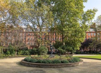2 bed flat for sale in Cadogan Square, Knightsbridge, London SW1X