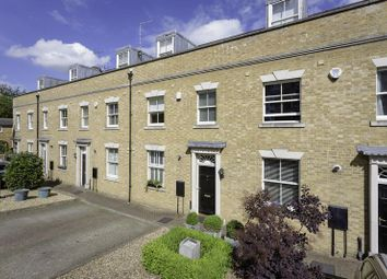 Thumbnail 3 bed mews house for sale in Youngs Mews, Port Hill, Hertford