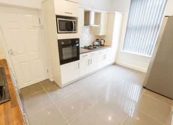 Thumbnail 6 bed property to rent in Edinburgh Road, Kensington, Liverpool