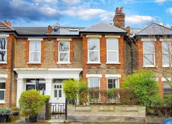 3 bed property for sale in Geldeston Road, London E5