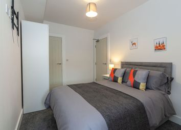 Thumbnail Room to rent in Room 2, 26 Ambler Street, Castleford