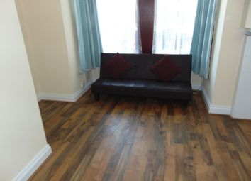 Thumbnail 1 bedroom flat to rent in Empress Avenue  Ilford1 bedroom flats to rent in London   Zoopla. London 1 Bedroom Flat Rent. Home Design Ideas