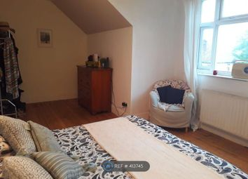 Thumbnail 1 bed flat to rent in Kensal Green, London