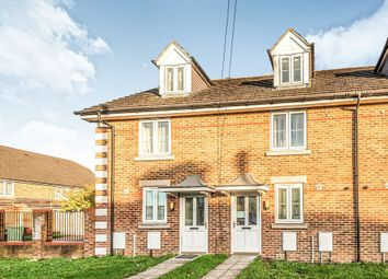 Thumbnail 3 Bedroom Terraced House For Sale In Chestnut Grove Mitcham