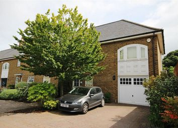 Photo of Broadfield Way, Aldenham, Watford, Hertfordshire WD25