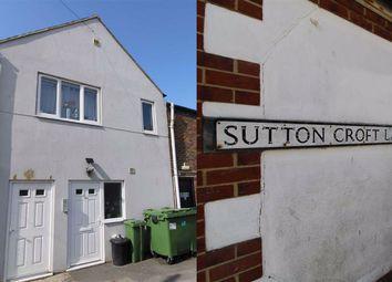 Sutton Croft Lane, Seaford, East Sussex BN25. 2 bed maisonette