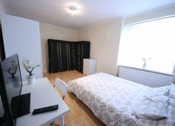 Thumbnail Room to rent in West Hendon Broadway, London