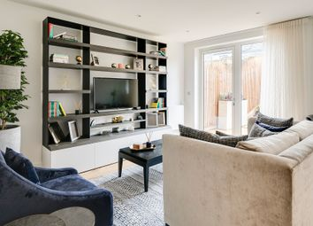 Thumbnail 4 bedroom town house for sale in Grove Road, Colindale, London