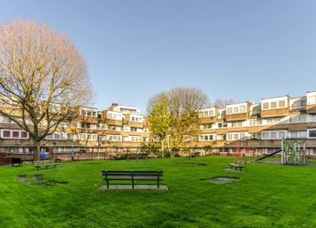 Thumbnail Flat for sale in Georges Road, Islington, London