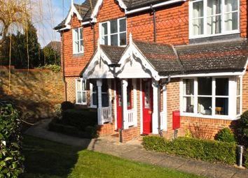 Thumbnail 1 bed flat to rent in Alston Gardens, Maidenhead, Maidenhead
