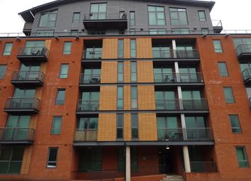 Thumbnail Studio to rent in Jet Centro, St Mary's Road