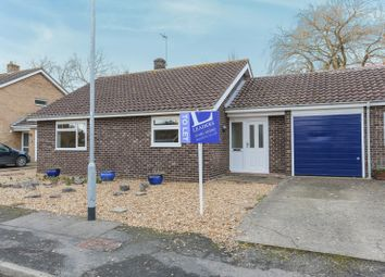 Thumbnail 2 bed bungalow to rent in Ladywalk, Longstanton, Cambridge