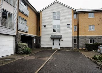 Thumbnail 2 bed flat for sale in Falcons Mead, Chelmsford