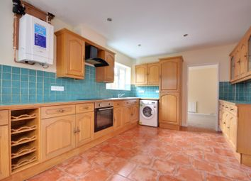 4 bed property to rent in Springwood Close, Harefield, Uxbridge UB9