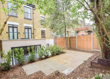 Thumbnail 3 bedroom flat to rent in Kyverdale Road, London