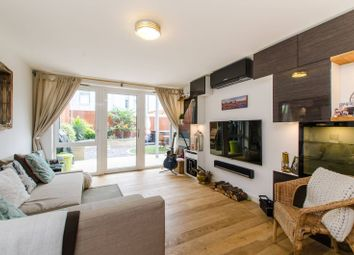 Thumbnail Flat to rent in Wharncliffe Mews, Clapham Park