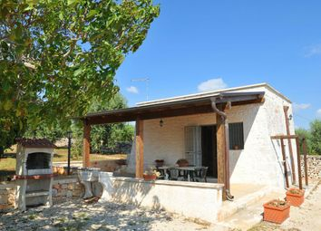 Thumbnail Serviced villa for sale in 72017 Fantese Br, Italy