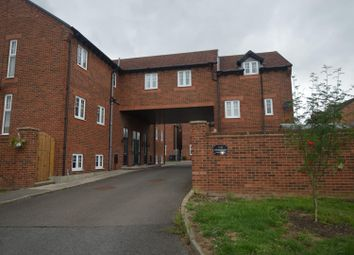 2 bed flat to rent in School Court, Broompark, Durham DH7
