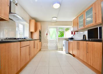 Thumbnail 6 bed maisonette to rent in Rossiter Road, Wandsworth