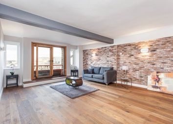 Wapping Lane, London E1W. 2 bed flat for sale