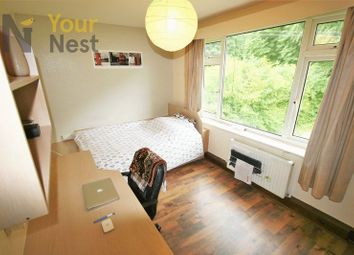 Thumbnail 3 bed flat to rent in Grovewood, Leeds