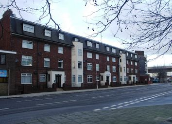 Consulate House, Canute Road, Southampton SO14. 2 bed flat