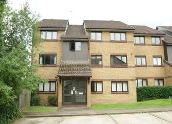 Thumbnail 2 bed flat to rent in Littlebrook Avenue, Burnham, Slough