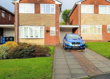 3 bed link-detached house for sale in Kensington Avenue, Chadderton, Oldham OL9